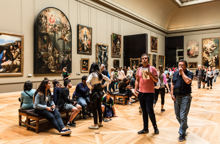 How to Become a Curator